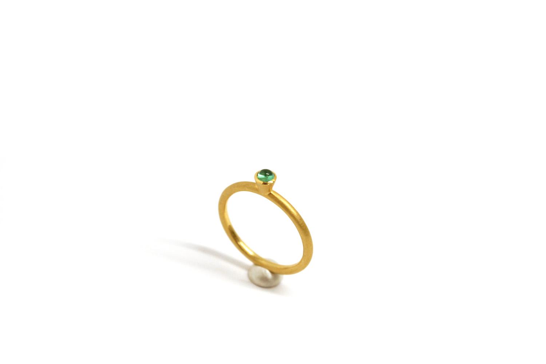 Farbenspiel Ring Gelbgold mit Smaragd