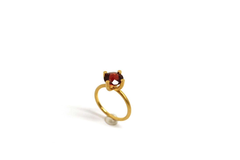 Farbenspiel Ring Gelbgold mit Granat